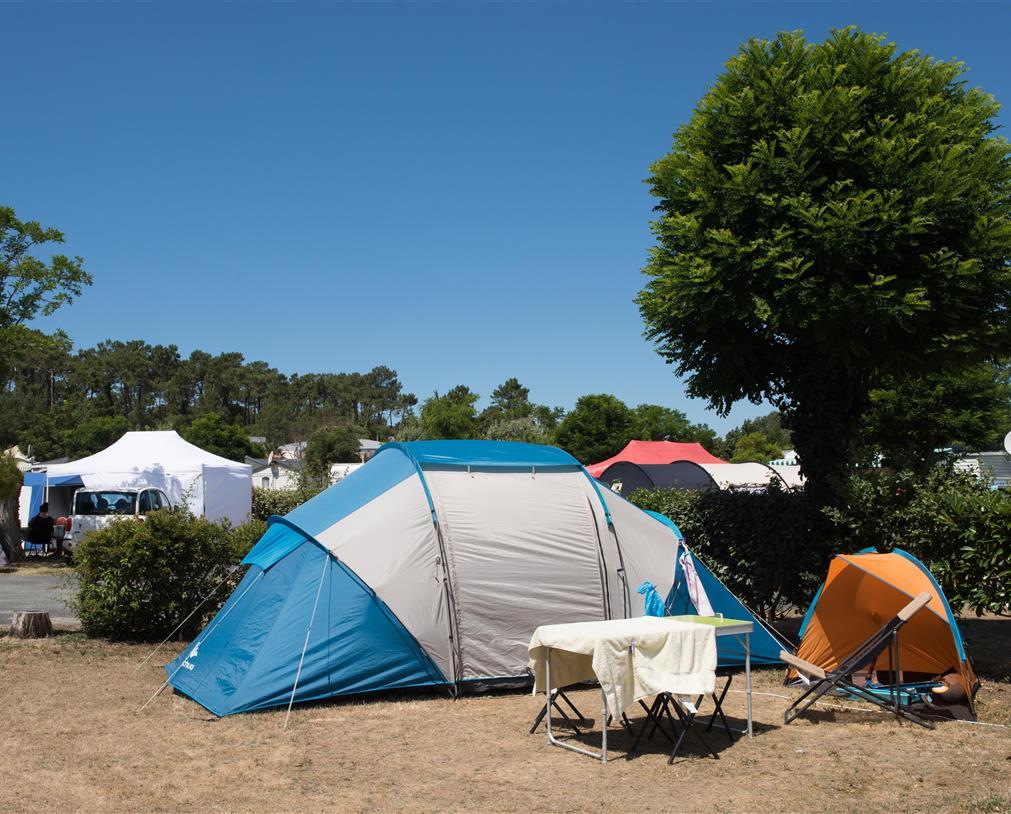 camping 5* les Chouans - les emplacements